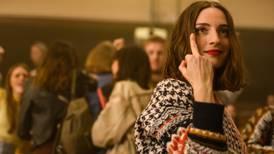 Após término devastador, jovem reencontra ex em filme da Netflix